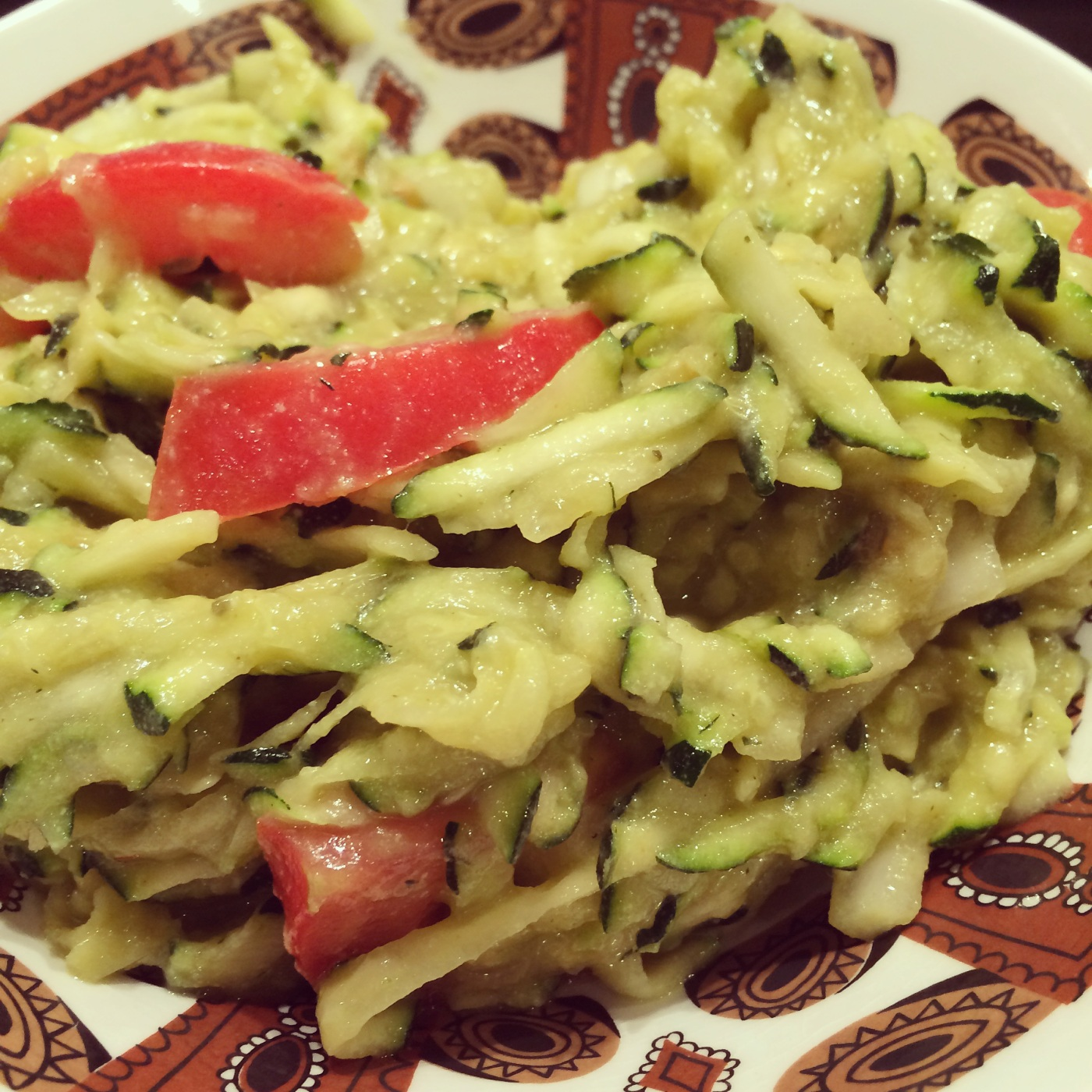 Courgette Noodles w Avo-Lemon Pesto